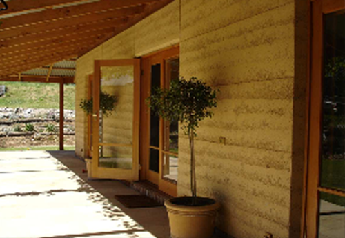 Stabilized Ram Earth Home : Earthwright stabilised rammed earth home
